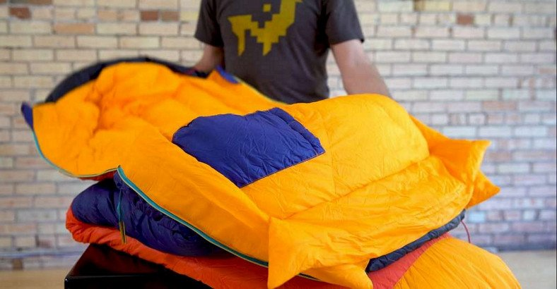 how to store a sleeping bag