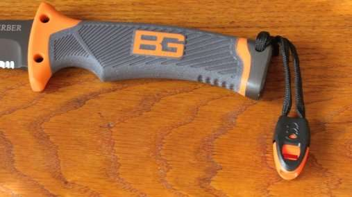 Gerber Bear Grylls knife whistle