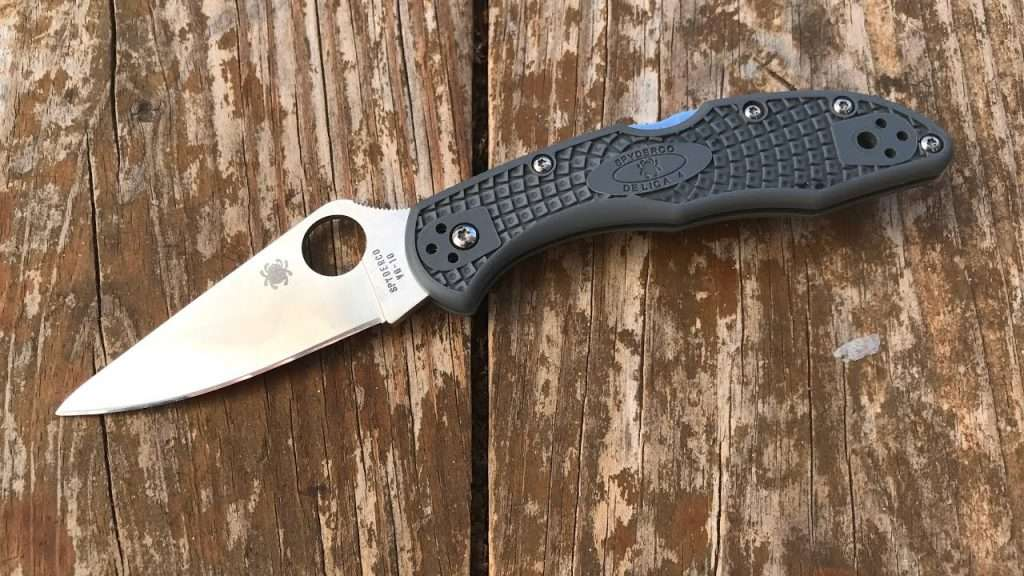 Spyderco Inc. DELICA 4 Folding Knife
