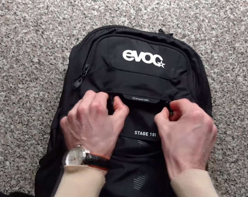 evoc mtb backpack