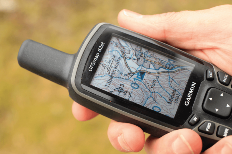 Top 6 Handheld GPS for Fishing – Must Have Navigation Devices with Specialized Fishing Features