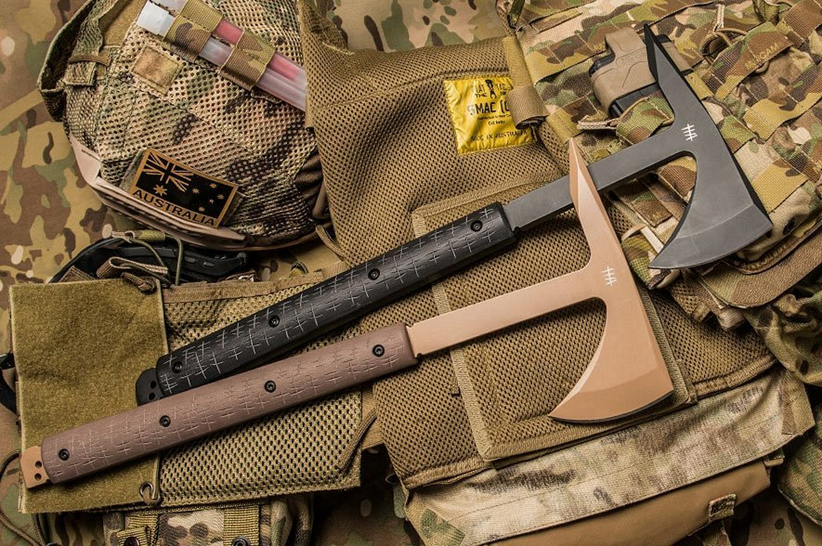 2 Tomahawks on Military Pattern Accessories