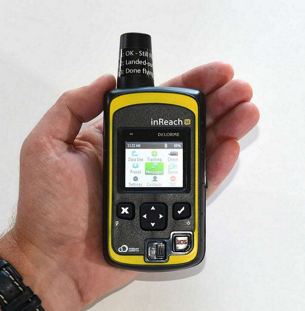 DeLorme inReach SE Handheld GPS with Satellite Tracker