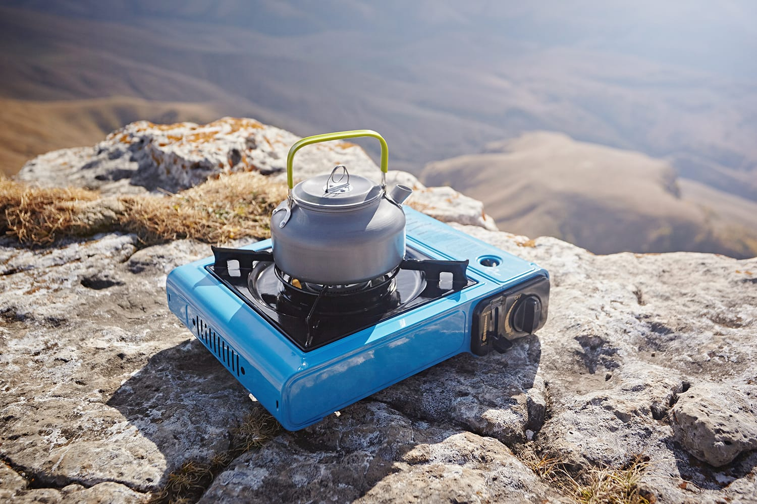 How to Use a Camping Stove How to Use a Camping Stove