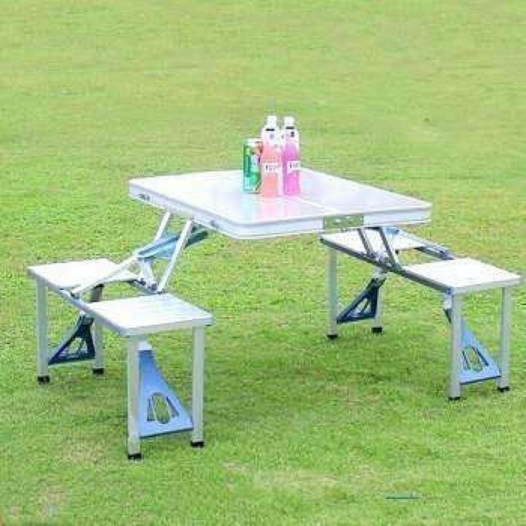 OUTSUNNY Portable Folding Picnic Table