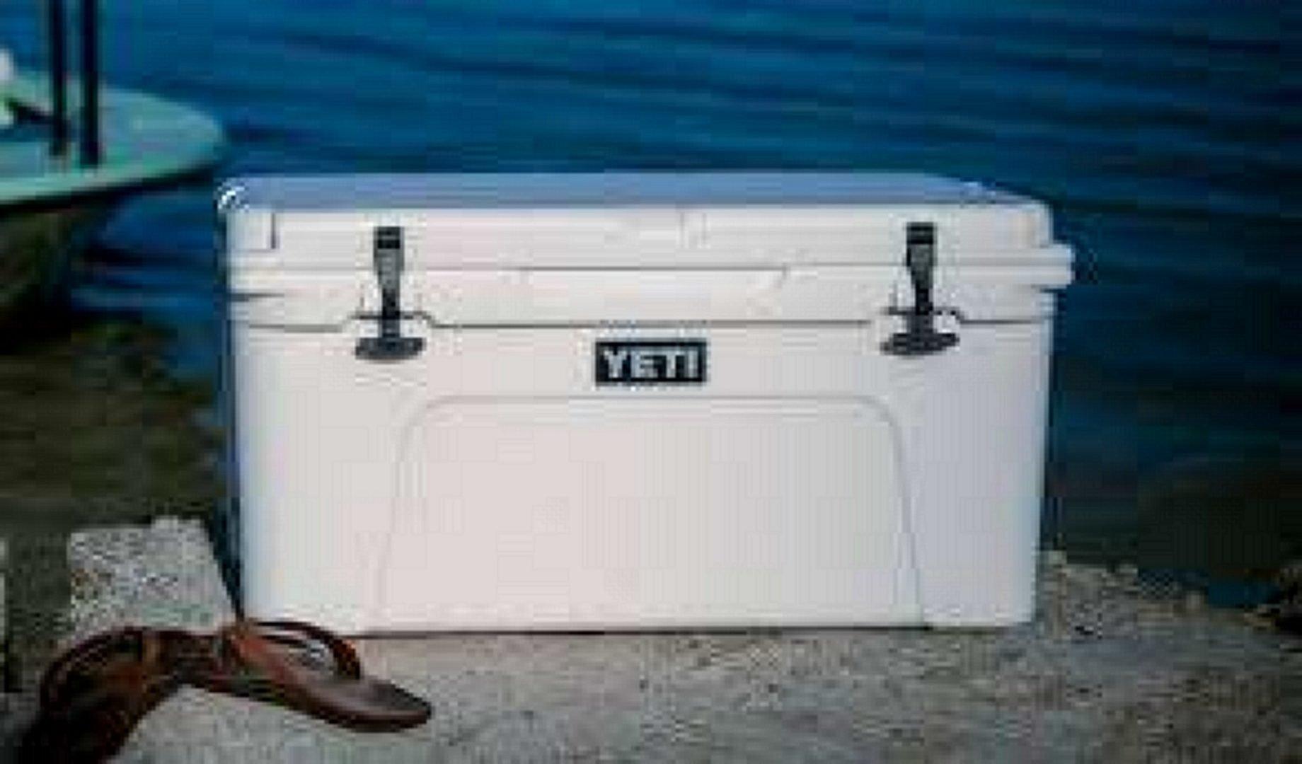 YETI TUNDRA 65-Quart Cooler