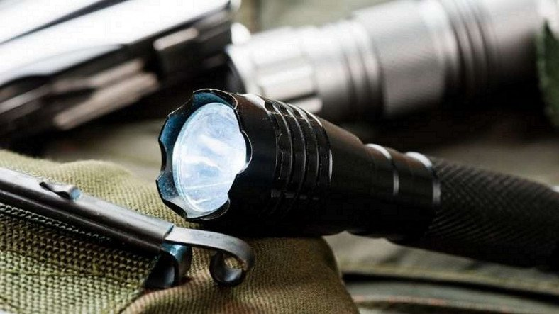 Best Hiking Flashlight