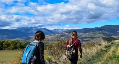 Best Women's Daypack for Hiking, Travelling or Cycling