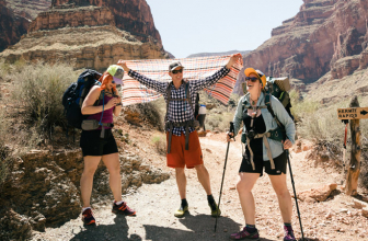 How to Hike In Hot Weather: Tips