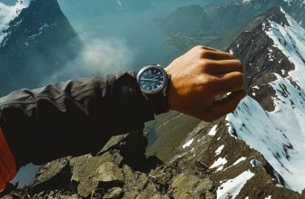 Top 10 Compass Watches: Classified by Navigation, Workout and Mapping Features